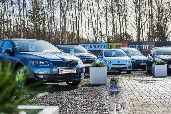 De autodealer in Emmen heeft een ruim aanbod nieuwe en tweedehands auto's te koop