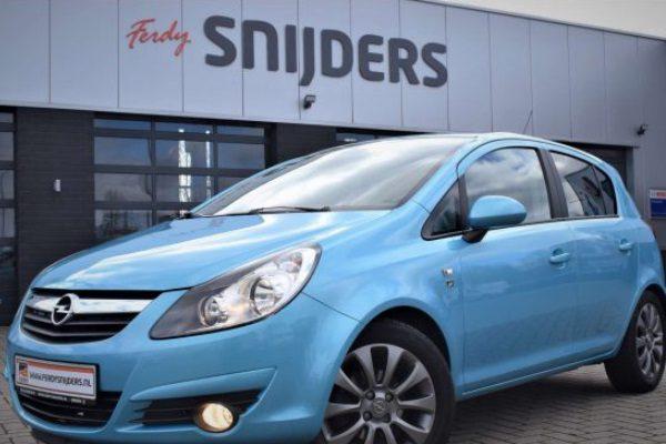 Tweedehands auto kopen in Emmen doet u bij Ferdy Snijders