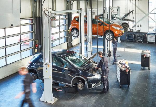 U kunt terecht voor verschillende diensten bij onze autoservice in Emmen
